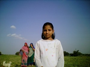 I hate Company Of Grown-Ups:The Cute Girl Child Of My Village Who Is My Best Village Friend !