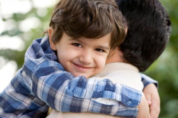 बच्चो को मासूम रहने दे
