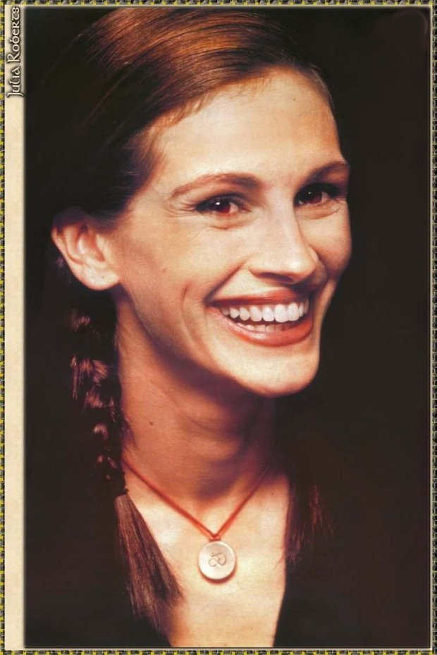 For Mine Eyes Real Julia Roberts Is More Genuine Than Beauties Impersonating As Julia Roberts Via Photoshop :-)