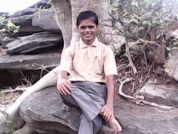 Siddhnath Ki Dari Is Associated With Great Yogi Siddhanathji. Hope He Found My Gestures Fitting!