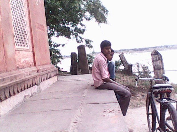 That's The Way I Also Used To Sit Here At This Temple For Hours!