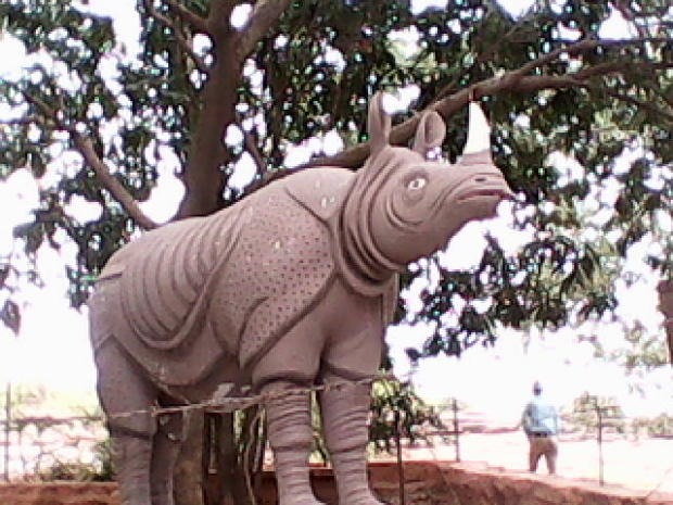 A Grand Statue Of Rhinoceros Outside The Fort!