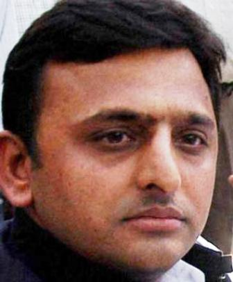 Akhilesh Yadav:  Miserably Failed To Rise Above Dirty Politics!!