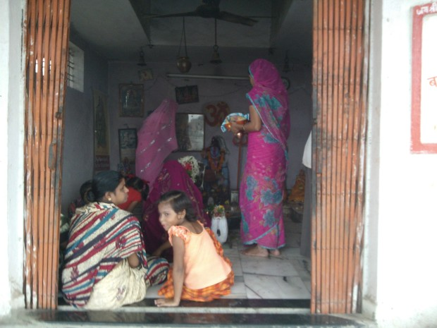 Local Women Worshiping Lord Shiva On Last Monday Of Saawan Season ..Om Namah Shivay :-)