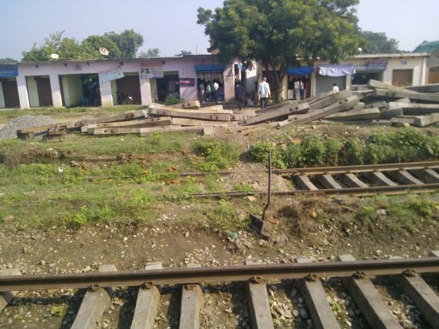 Scene around a railway station...