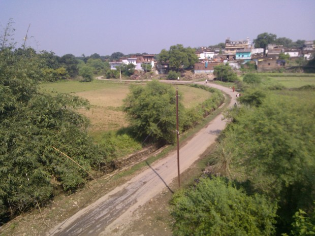 Just before Birohi Station This Curved Road Always Manages To Catch My Sight!