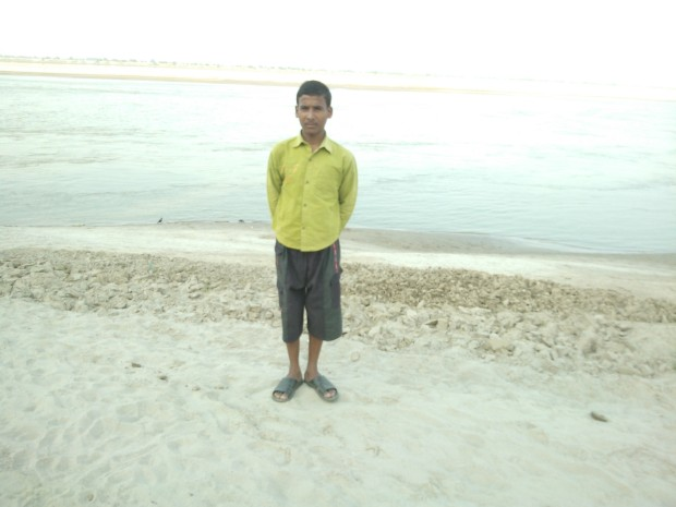 He Is The Naughtiest Boy In My Village..Happily For Me He Agreed To Act As Photographer With Zero Nuisance Impact :P :P :P