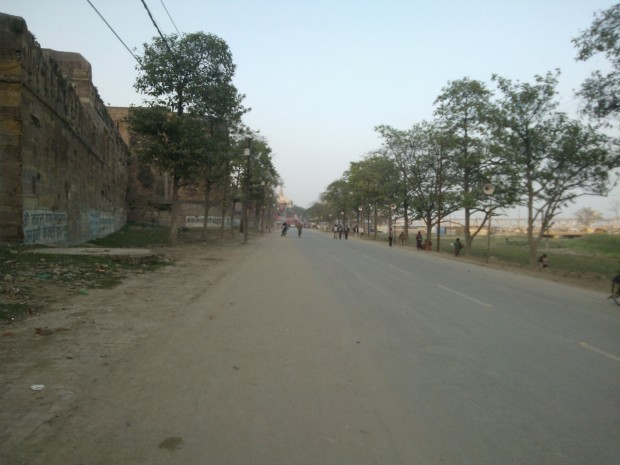 In Uttar Pradesh very few cities have beautiful roads :P