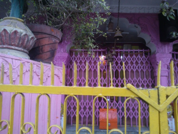 This time Lord Hanuman Ji is resting inside the Temple : -)