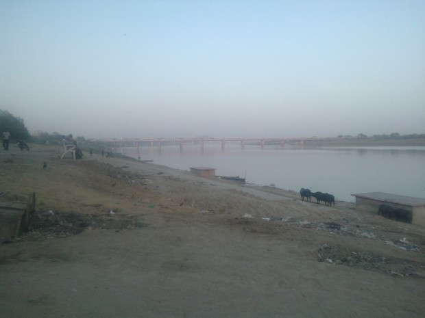 Ma Yamuna ji ..She is very dear to Lord Krishna...And I am really disappointed to see so much garbage on its banks..Let's not forget that it's a very busy place owing to religious ceremonies taking place throughout the year.