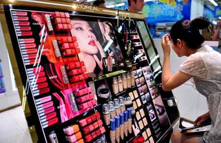Do MNCs Ever Make Consumers Aware Of The Negative Side- Effects Of Beauty Products?