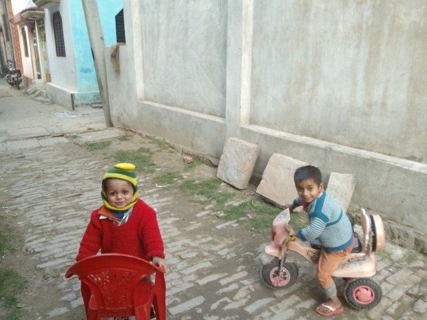 Photogenic Kids Playing In One Of The Lanes In Varanasi :P