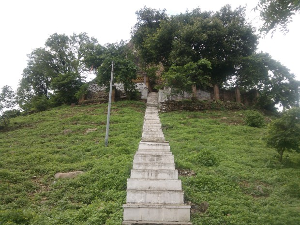 Ancient Shiva Temple Known As Boodhenath Baba Situated Inside Fort of Chunar...