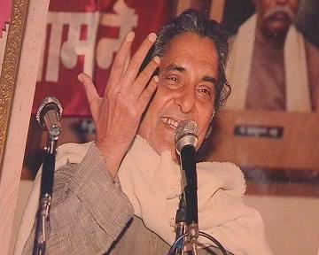 Neeraj: The Poet Who Talked About Love In Impressive Way!