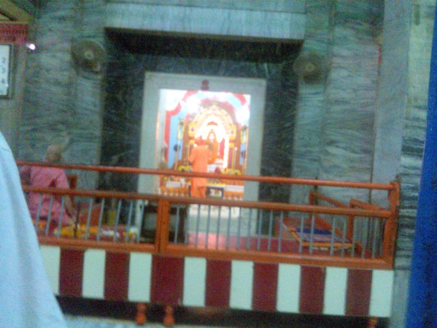 That's Lord Gorakhnath Maharaj :-) Jai Gorakhnath Baba Ki :-) Hope His Blessings Always Shows Yogis The Right Way :-)