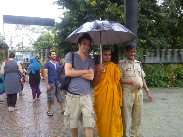 Tol Gorsky And Monk Under The Same Umbrella :P